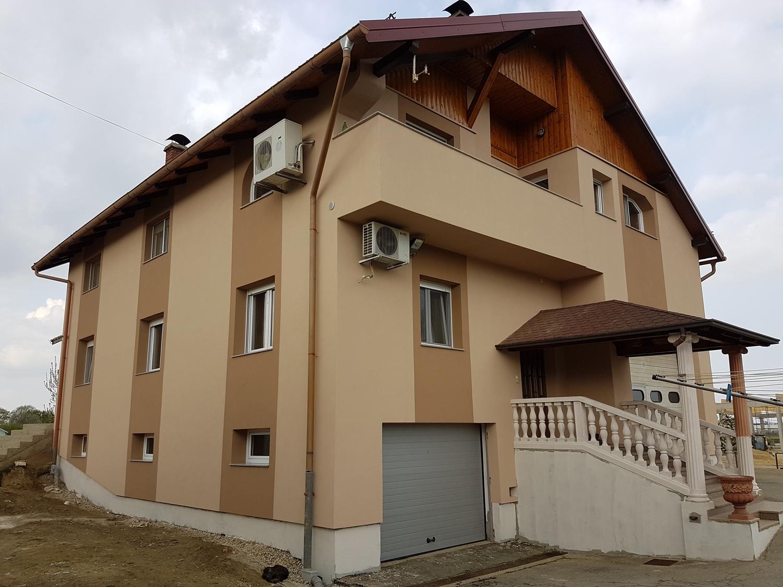 fasada_kneginec_2